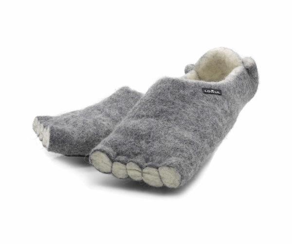 Slippers Actrix by Lowul